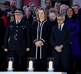 UK: Thousands hold vigil for London terror victims