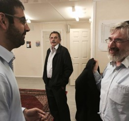 UK mosques open doors for interfaith dialogue