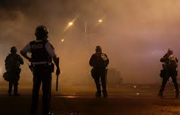 US: Curfew imposed for second night in Ferguson, Missouri
