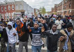 US: Protests across US over Baltimore police custody death
