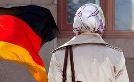 Teacher wins anti-hijab case in Germany