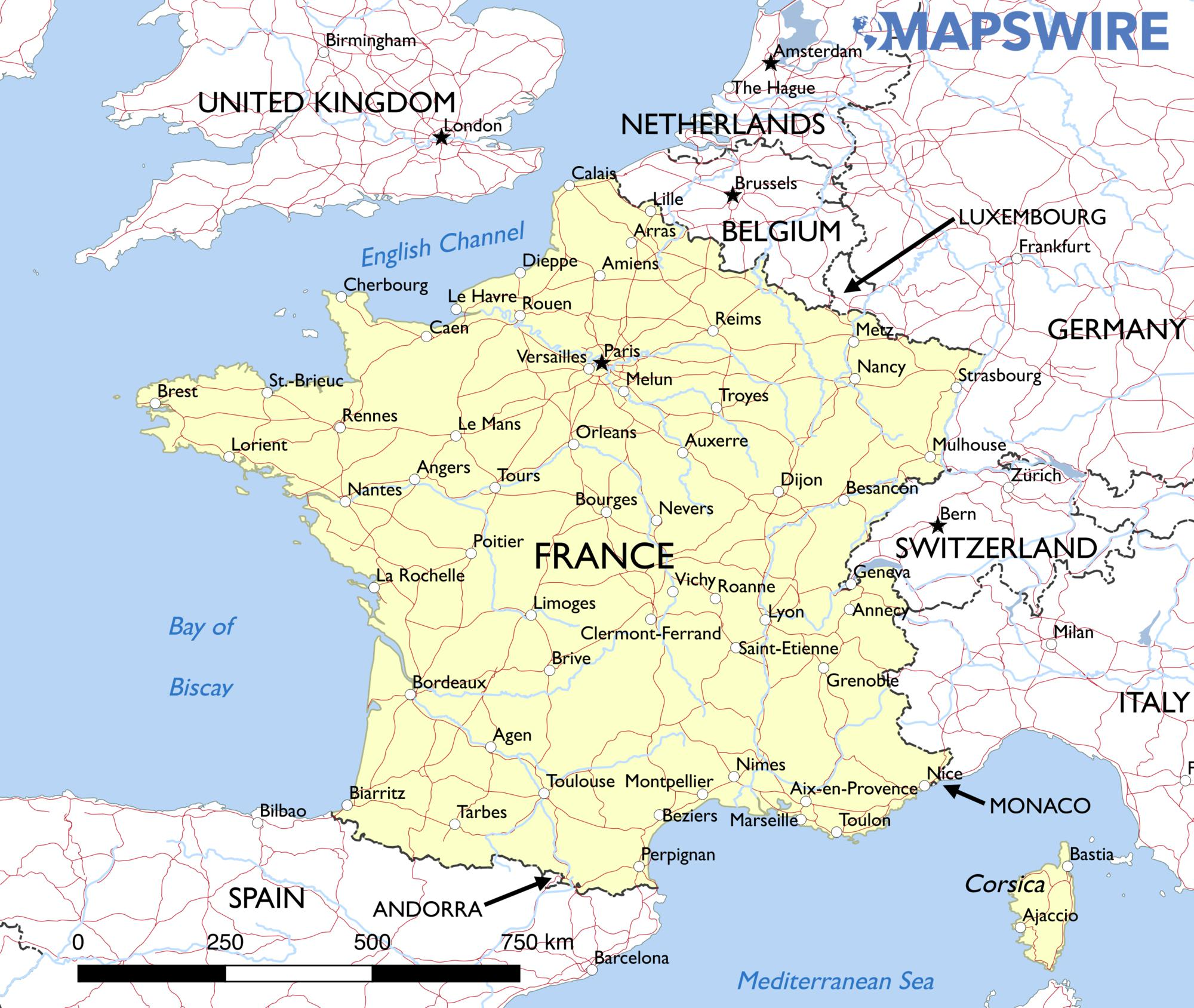 France Car Rams Pizzeria Near Paris Killing Young Girl The - Map of france