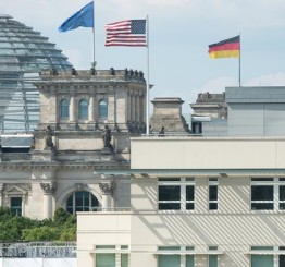 Germany: More than a dozen US spies infiltrate German ministries