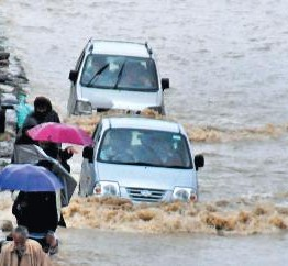 Jammu & Kashmir: Floods wreak havoc across JK, 13 memebers of one family killed in landslide