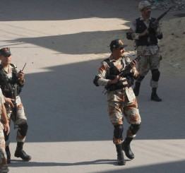 Pakistan: Five suspected militants gunned down in 'encounters'
