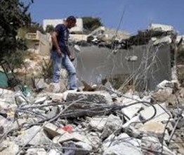 Palestine: Israeli army demolishes shop, structures near Jerusalem