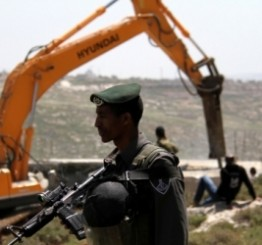 Palestine: Israeli forces demolish ancient houses in Nablus