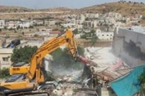 Palestine: Israeli army demolishes apartment building in Jerusalem