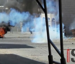 Palestine: Israeli forces arrest two children, fire 29 rounds of tear gas at school children