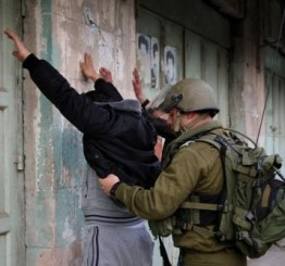 Palestine: Israei army kidnaps three Palestinians in Hebron