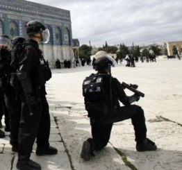 Palestine: Elderly man kidnapped by Israeli Police in Al-Aqsa Mosque