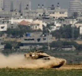 Palestine: Israeli vehicles invade al-Qarara, in Southern Gaza