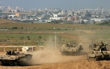 Palestine: Israeli tanks, bulldozers invade farmlands near Khan Younis