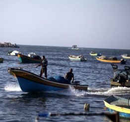 Palestine: Israeli army opens fire at Gaza fishermen, kidnap two