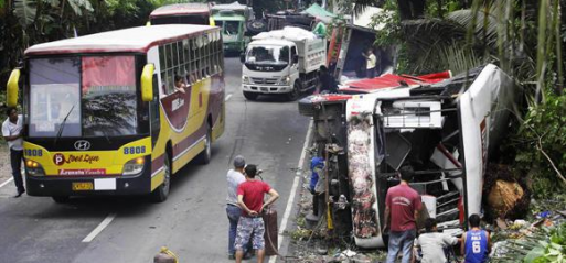 Philippines: 20 dead in Maharlika Highway smashup