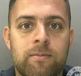 Man jailed for threatening to 'slit a Muslim's throat'