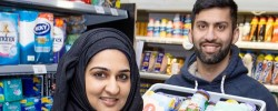 Covid-19: Muslim shopkeepers donate stock to vulnerable people