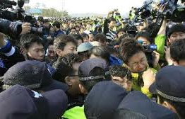 South Korea: Death toll rises to 213 in S. Korean ferry sinking disaster