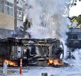 Turkey: More than 10 killed in ISIL protests across Turkey as curfew declared in six provinces