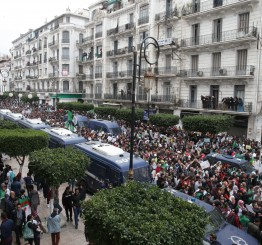 Algerians stage partial strike amid protests