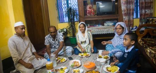 Bangladesh: COVID-19 lockdown extended to May 16