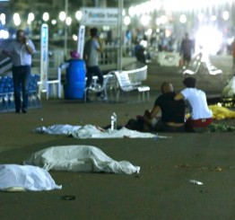 France: 84 dead as truck ploughs into crowd in Nice