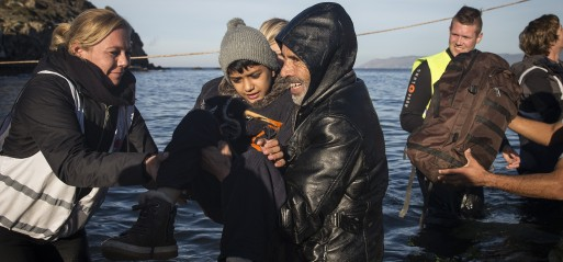 Turkey: 30 missing as refugee boat sinks off Turkish coast