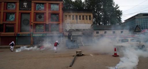 Jammu & Kashmir: Four Kashmiri militants, three Indian soldiers killed in clashes