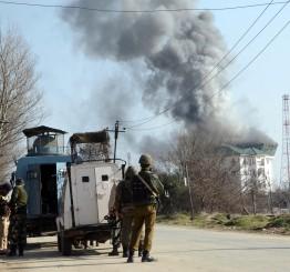 Jammu & Kashmir: 4 Indian soldiers, 4 militants killed