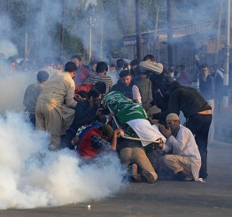 Jammu & Kashmir: Indian forces fire at crowds at Kashmiri boy's funeral