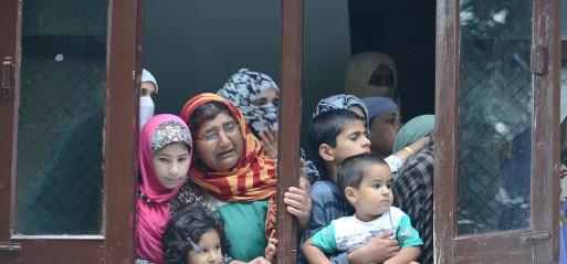 India: Deadly clashes stoke Kashmiri fury