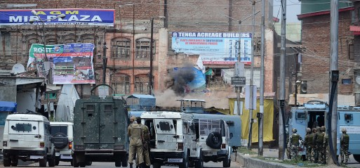 Militants storm Indian paramilitary camp in Kashmir, 6 killed