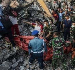 Indonesian military plane crashes into house killing 4