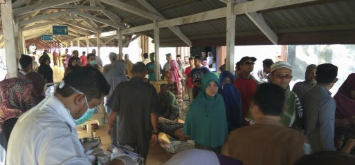 Indonesia: 52 dead after quake rocks Aceh