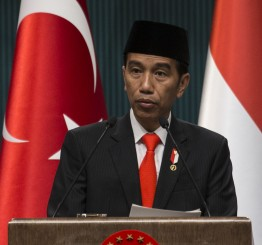 "Indonesia: President signs decree to ban ""radical"" groups"
