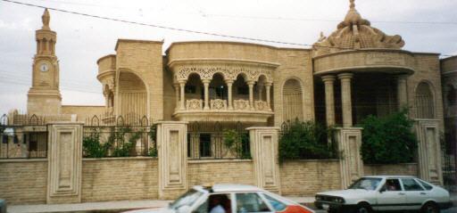 Iraqi Muslims urge Christian neighbours to return home