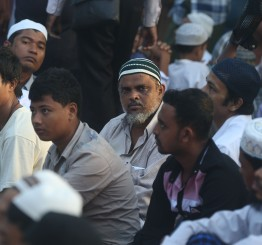Myanmar Muslims offer mosques to help fight coronavirus