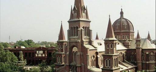 Pakistan: Muslims build church for Christian neighbours