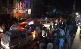 Pakistan: Suicide attack kills 20 in election rally in Peshawar