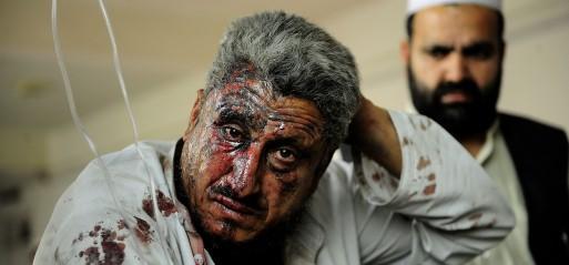 Pakistan: Bus bomb blast kills 15 in Peshawar
