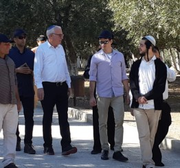 Palestinian gov't slams Israeli incursions into Al-Aqsa Mosque