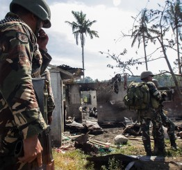 Philippines: Gunman fires on extremism conference