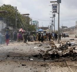 Somalia: 10 killed in suicide attack in Mogadishu