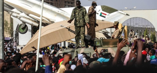 Sudanese continue protesting to demand civilian rule
