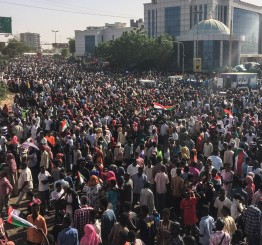 Sudan: New transitional leader pledges large reforms