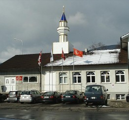 Switzerland: Swiss Upper House rejects foreign fund ban on mosques