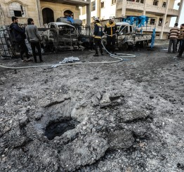 Syria: Russian air strikes kill 12 civilians in Idlib