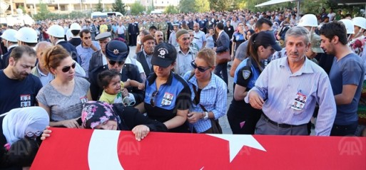 Turkey: 16 Turkish soldiers killed in Daglica attack