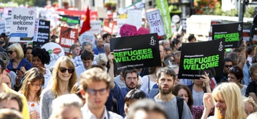 UK: Thousands gather in solidarity with refugees in London