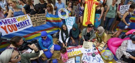France's highest court overturns burkini ban